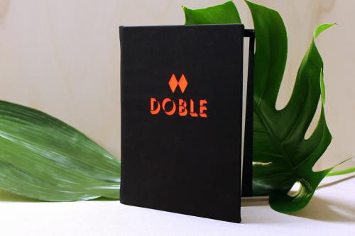 Carta Doble Coctelería by Manel Vehí  | Cartas para restaurantes